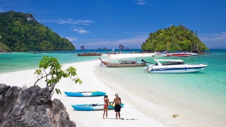 Phae Island Cruise