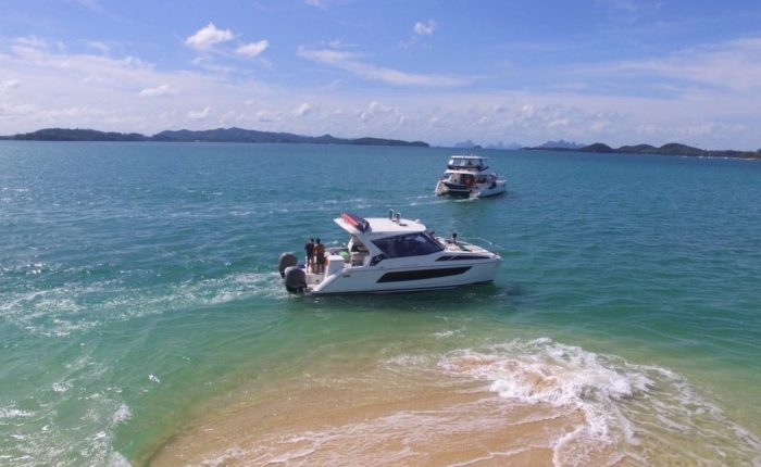 SHA-SHI-Luxury-Private-Catamaran-Speed-Cruiser-Island-Hopping-Phuket-in-style-1140x664